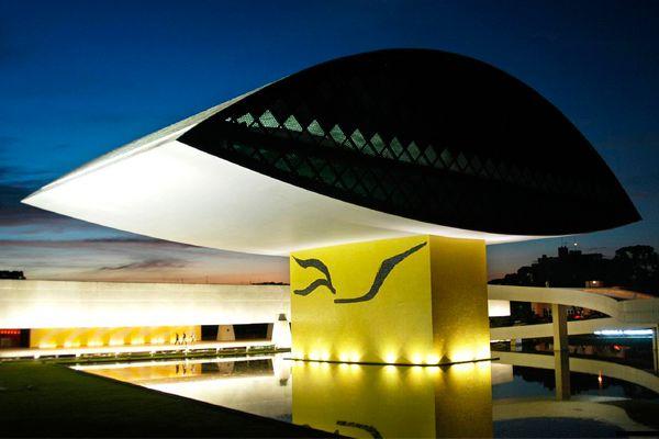 Museu Oscar Niemeyer - Paraná